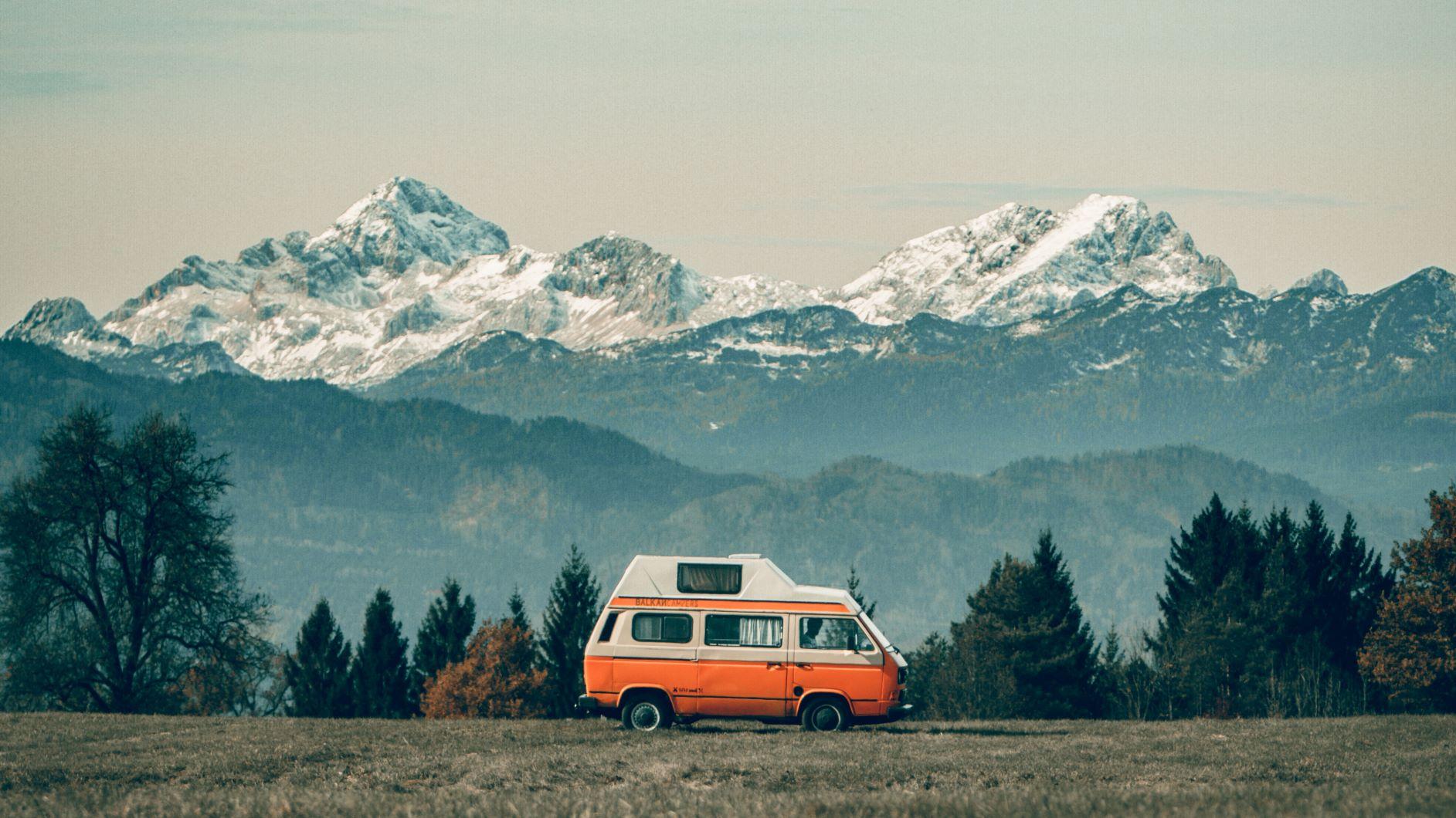 Vintage road trip adventure!
